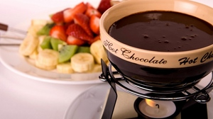 Preview wallpaper chocolate, hot, strawberry, tasty