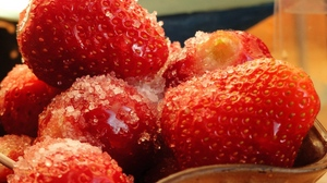 Preview wallpaper berry, strawberry, sugar