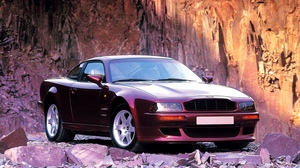 Preview wallpaper 1993, aston martin, cherry, front view, rock, style, v8, vantage