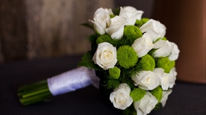 Preview wallpaper bouquet, flowers, happiness, roses, wedding