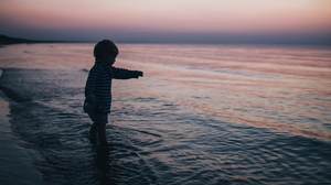 Preview wallpaper child, childhood, kid, sea, sunset