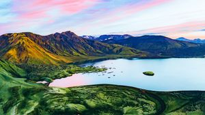 Preview wallpaper crater, iceland, lake, mountains